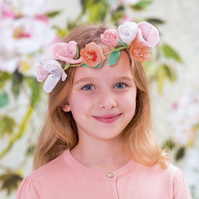 Une Jolie Couronne De Fleurs En Papier Pour Petite Fille Papier