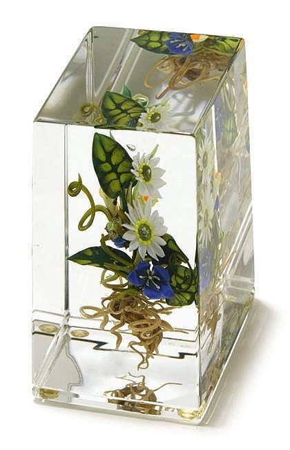 paul+stankard+paperweights | Paul Stankard 'Bouquet Botanical Cube ' upright paperweight ...
