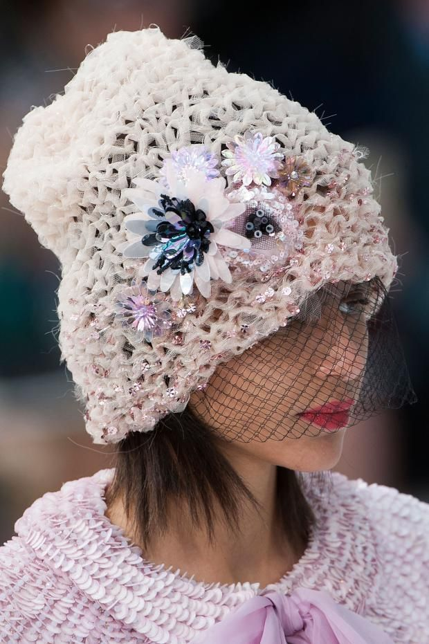 3c519014d42 View all the detailed photos of the Chanel haute couture spring 2015  showing at Paris fashion week. Read the article to see the full gallery.