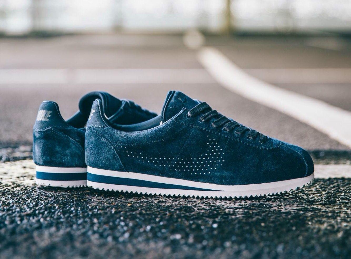 online store e7233 cf986 Nike Cortez Suede Premium  Dark Obsidian