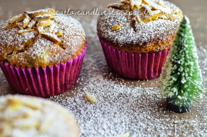 Delicious cherry marzipan muffins in winter!