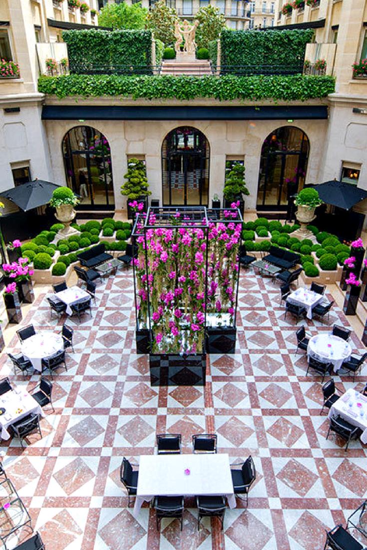 Grand luxury 244room hotel in a landmark 1928 art deco