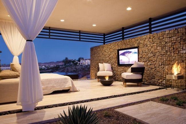gabionenmauer bauen offenes schlafzimmer kaminofen wohn ideen pinterest gabionenmauer. Black Bedroom Furniture Sets. Home Design Ideas