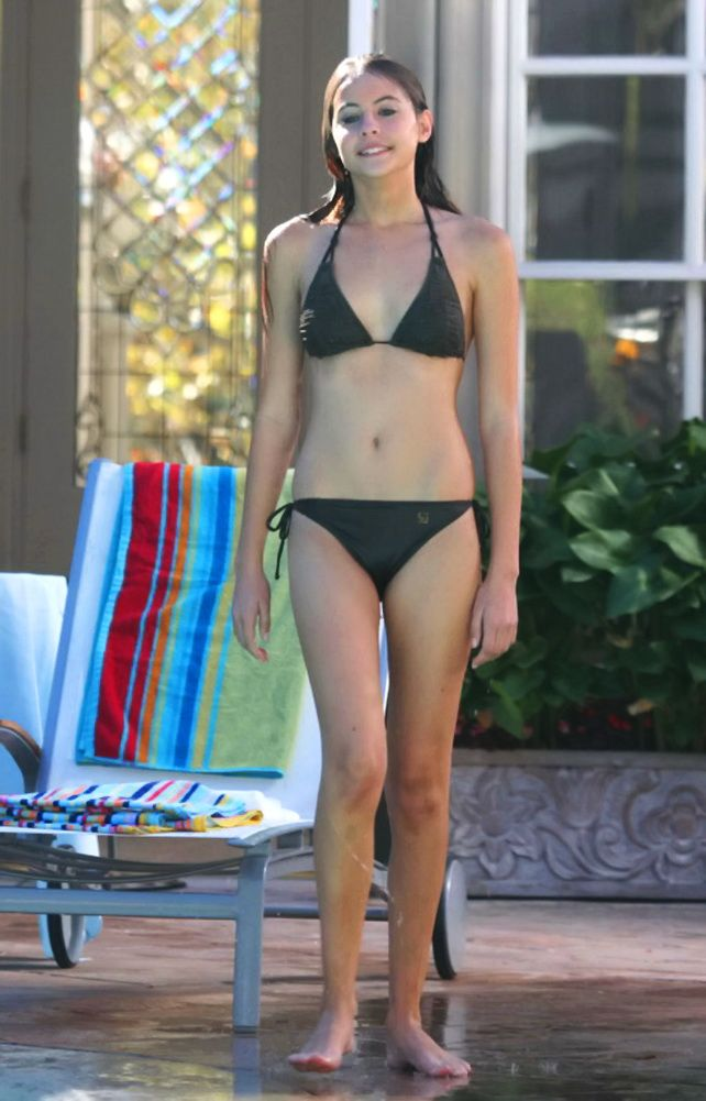 willa holland body
