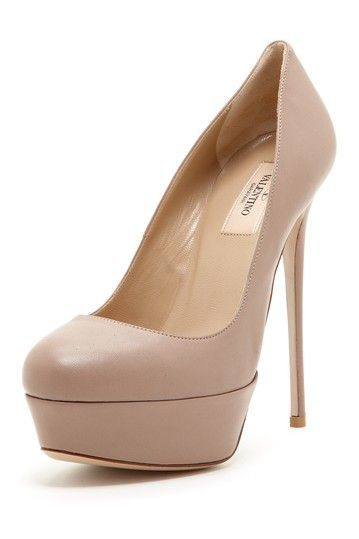 6aee7397889 To Die For Valentino Nude Pumps!