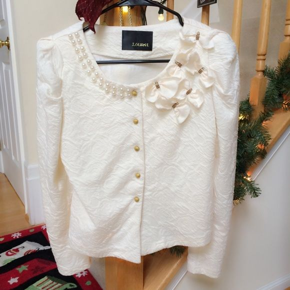Cropped Pearl & Gold accent Jacket EUD! No name brand ivory cropped long sleeve jacket with bows, gold and pearl accents. Texture poly/cotton blend material. No defects. Jackets & Coats Blazers