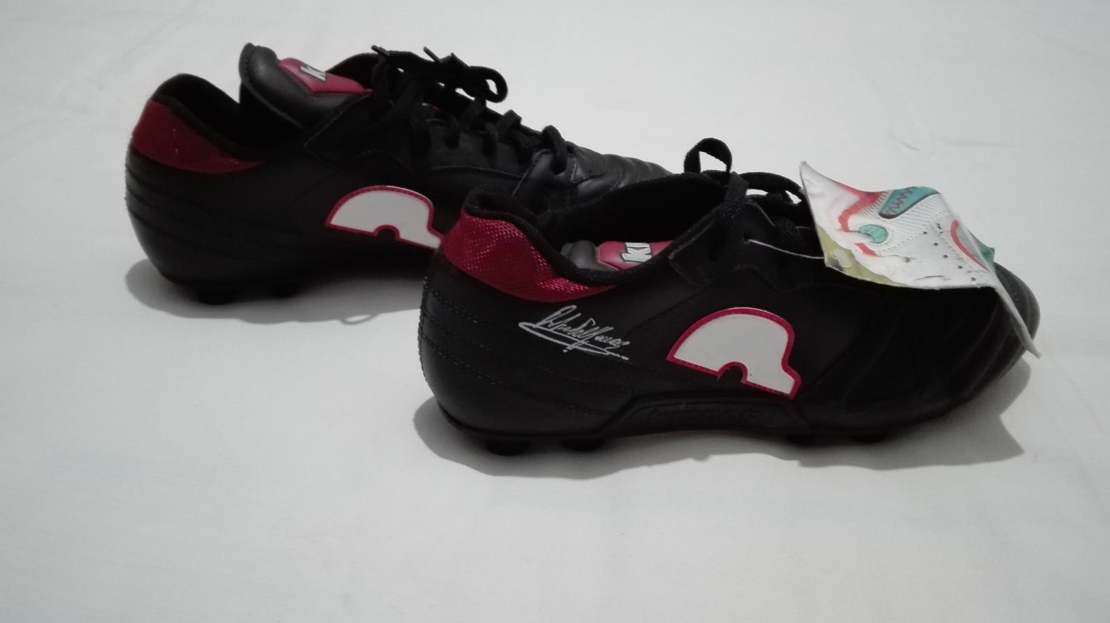 hot sale online 72eb1 aa3a0 KRONOS Roberto Mancini signed 90s vintage soccer boots football shoes ,size  9.5  eBay
