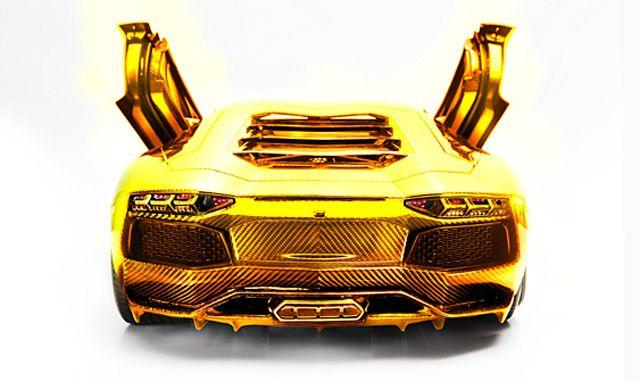 7 5 Million Solid Gold Lamborghini In Dubai Of Course Super Cars Gold Lamborghini Lamborghini