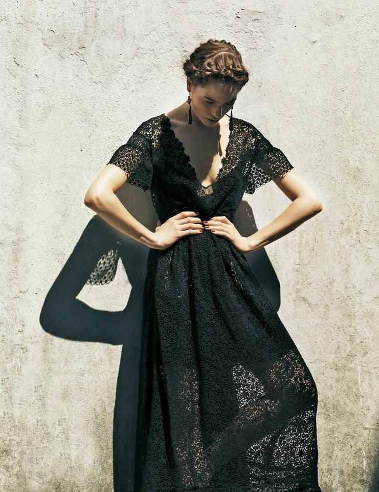 {Post} 100 Ways to Uncomplicate Your Life. (dress by Valentino.)