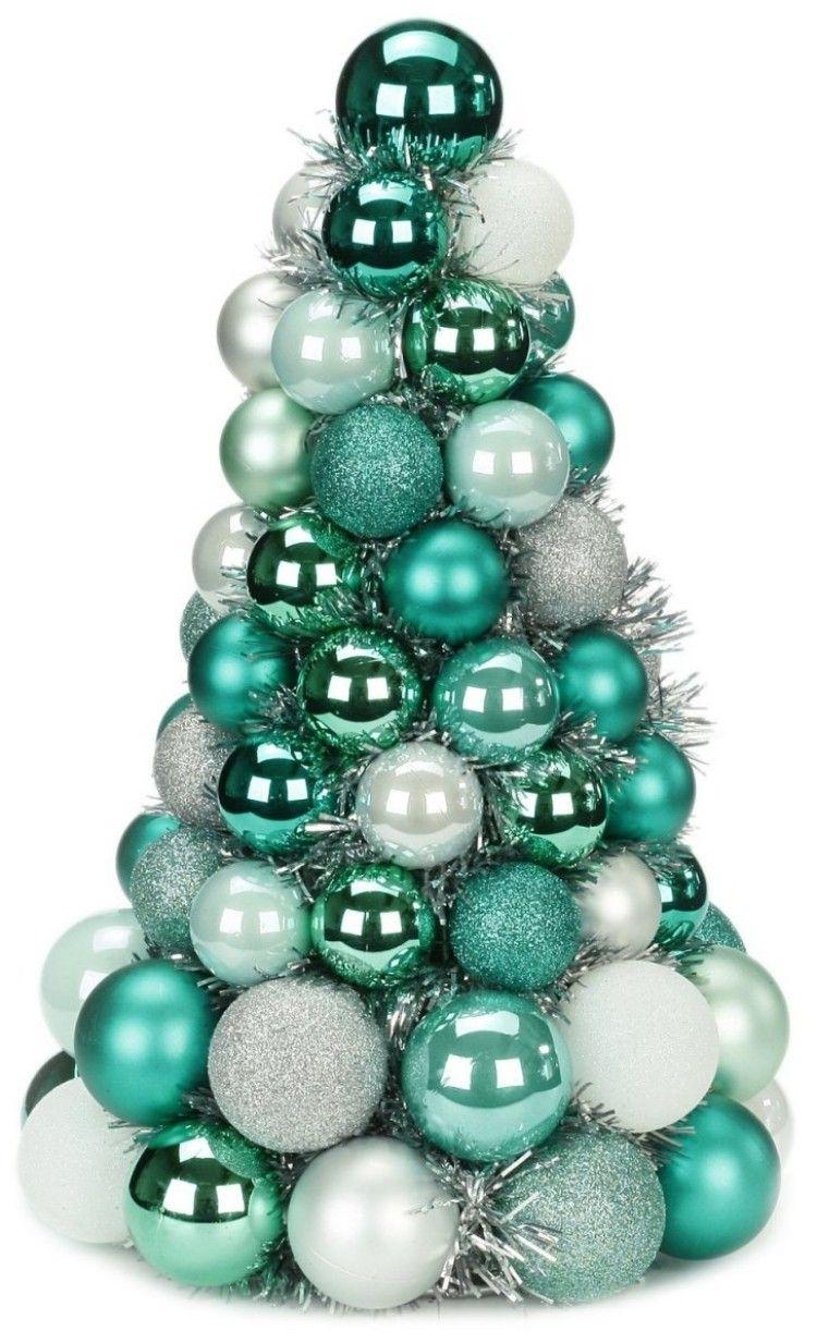 Rbol De Navidad Hecho Por Bolas Para Decorar La Mesa Navide A  ~ Bolas Para Decorar Centros De Mesa