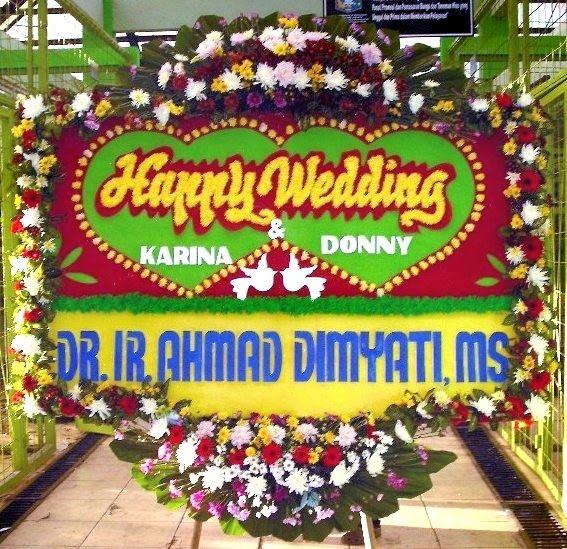 Ada Banyak Cara Untuk Mengirim Karangan Bunga Papan Pernikahan Ke Orang Yang Anda Cintai Di Sisi Lain Toko Bunga Online Yang B Toko Bunga Bunga Penjual Bunga