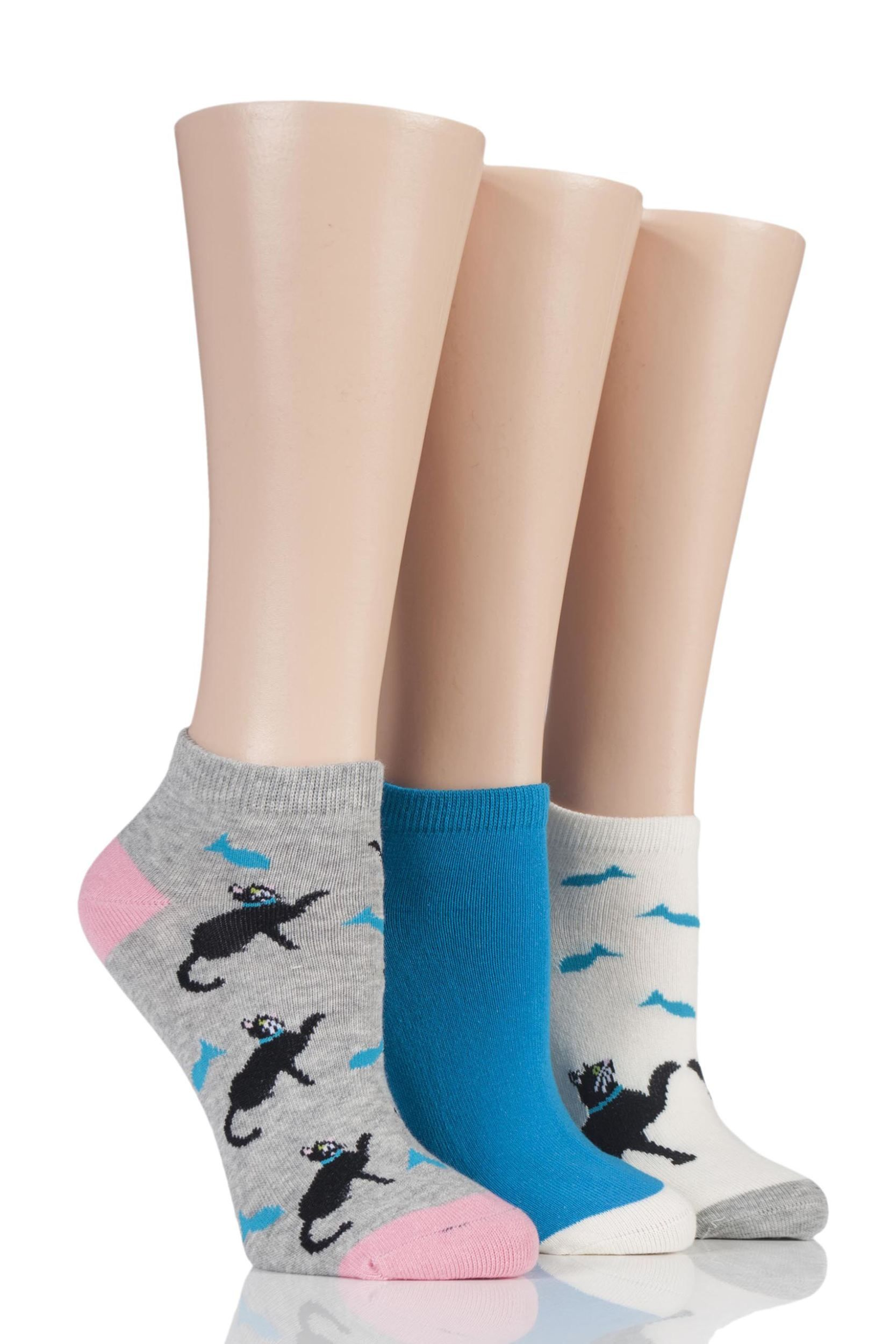 patterned trainer socks