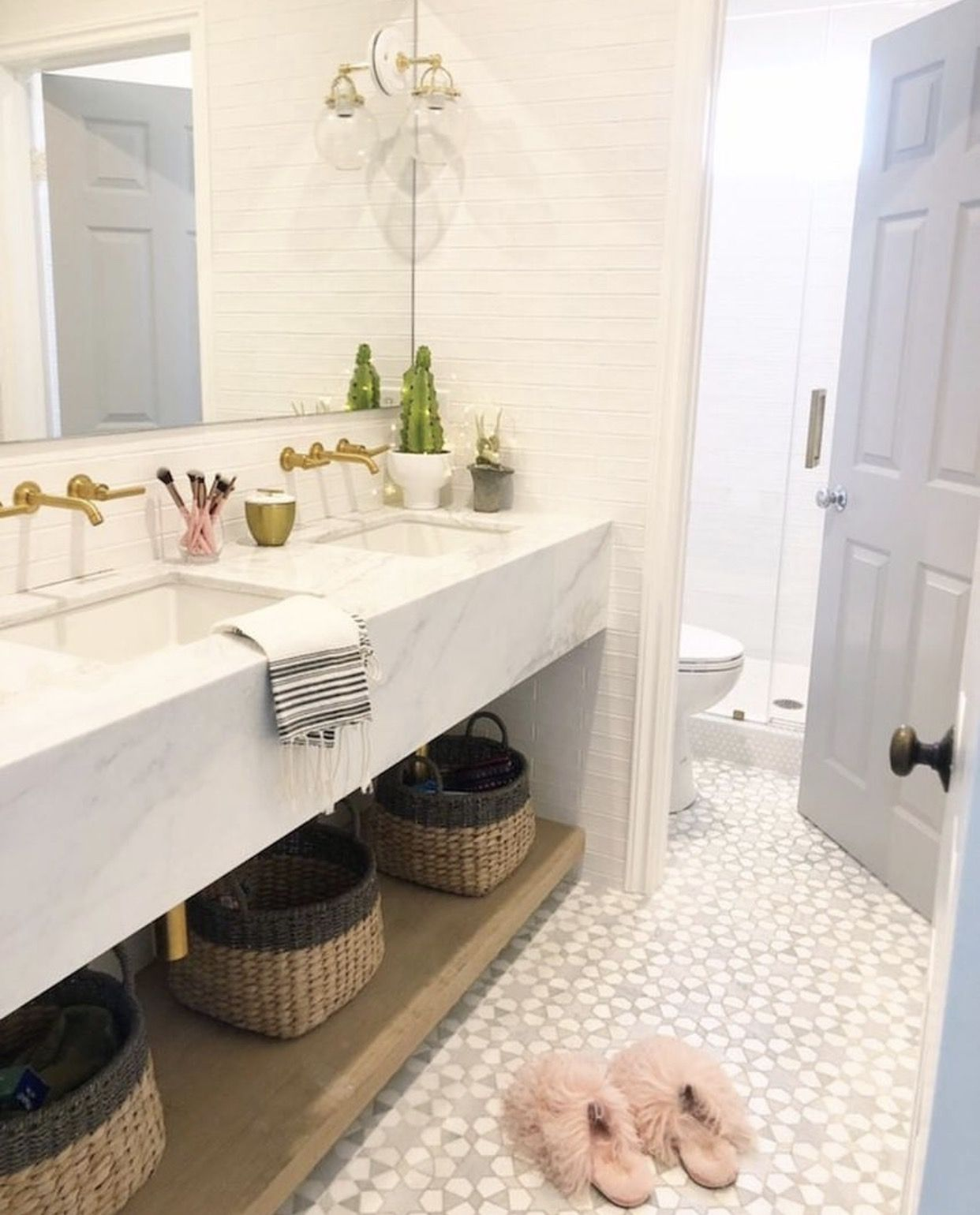 kids room jack and jill bathroom like this   For the Home ...