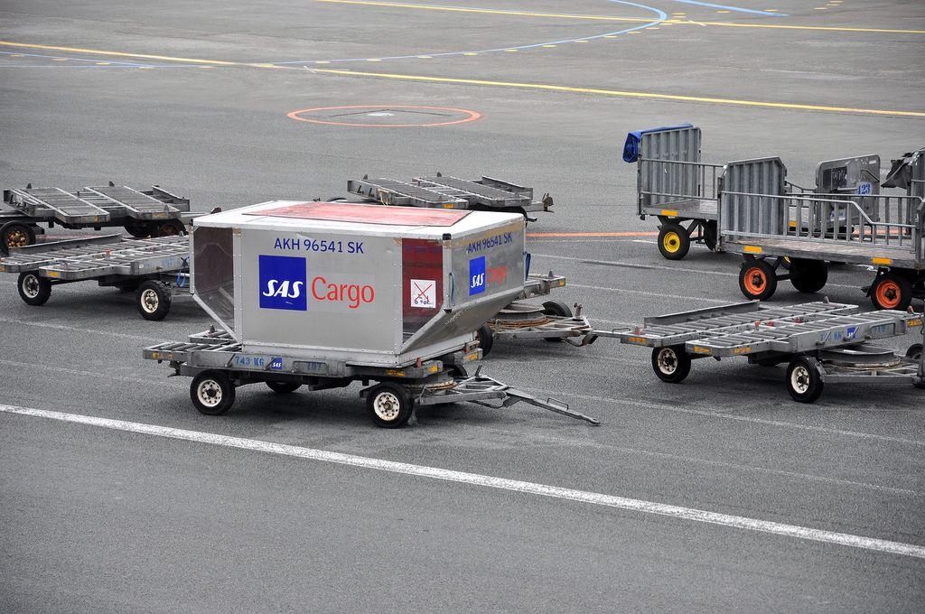Pin op Cargo Airlines SAS Cargo