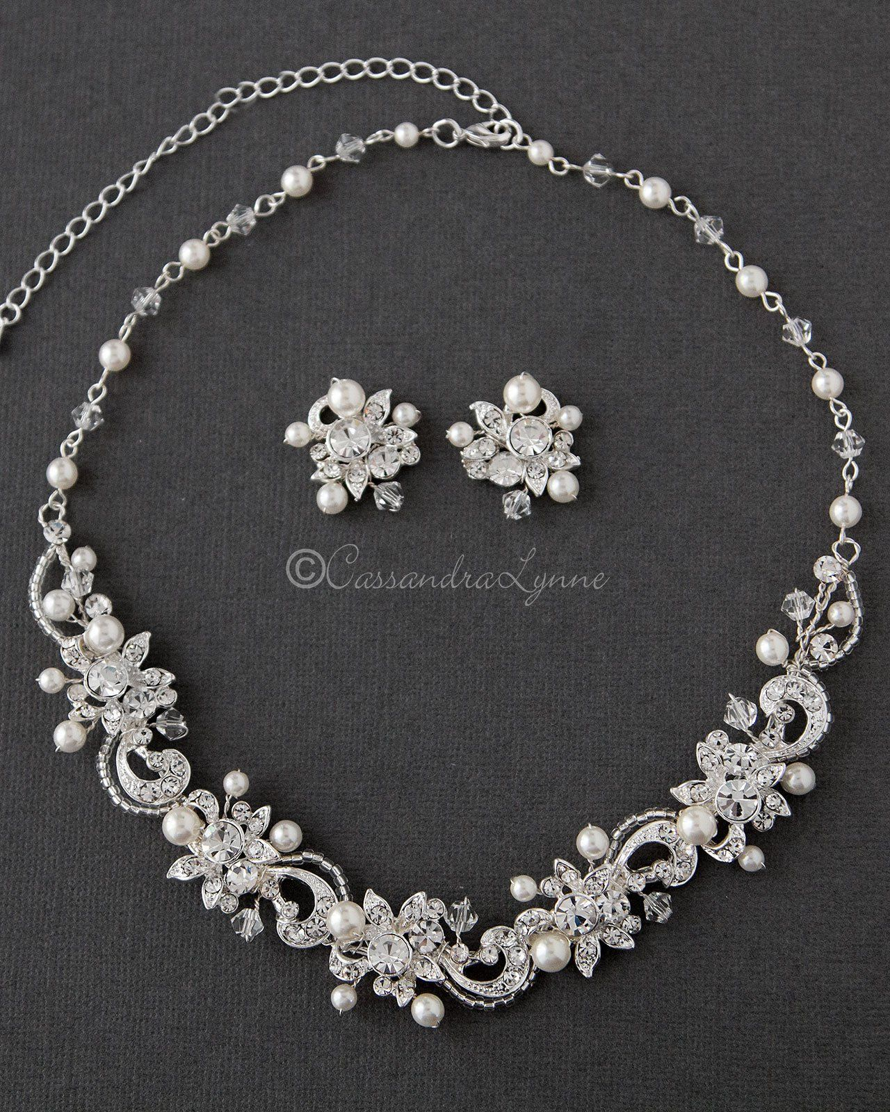 Rhinestones Jewelry Set bracelet and Earring Set White Pearl and Crystal Jewelry Set Bridal necklace Beaded Bride Jewelry Set