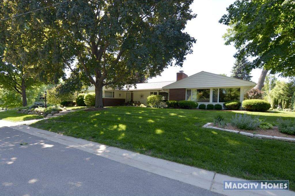 201 Del Mar Dr Madison Wi 53704 Mls 1832449 Zillow Del Mar Zillow Home