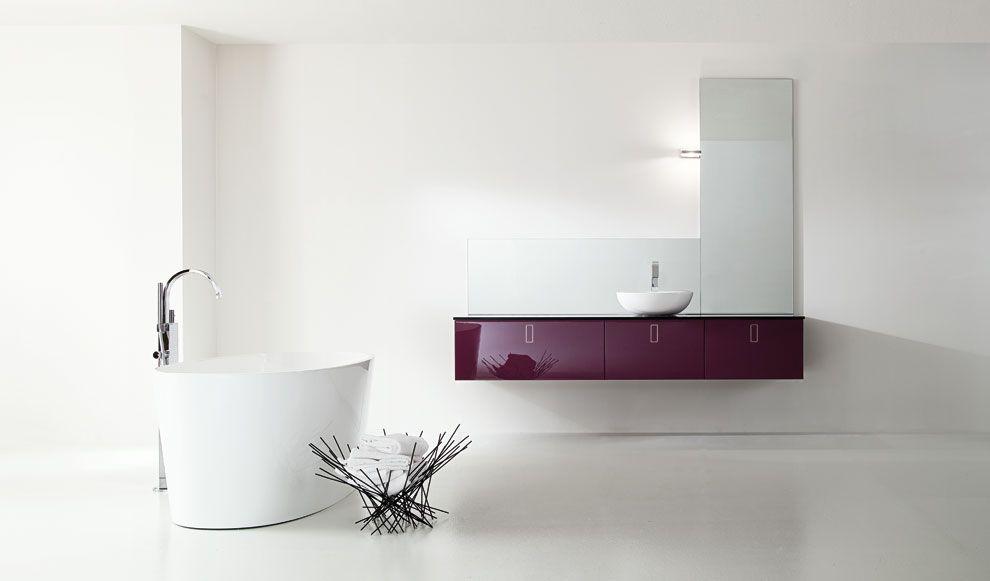 Mobili bagno sospesi dalle linee morbide ed eleganti