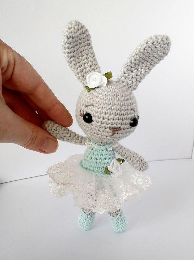 Muñeco conejita bailarina amigurumi - tejido a mano - en DaWanda.es ...