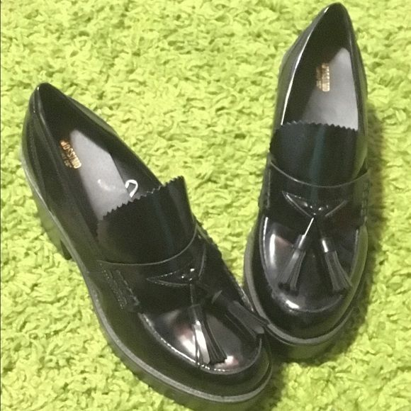Chunky loafer school girl shoes size 11 Chunky school girl shoes size 11. I call these my clueless shoes! They are brand new never been worn (my foot was 2wide) Mossimo Supply Co Shoes Flats & Loafers