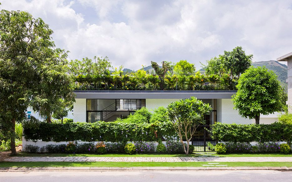 House In Nha Trang By Vo Trang Nghia And Masaaki Iwamoto - Open-air-sculpture-residence-by-marek-rytych-architekt