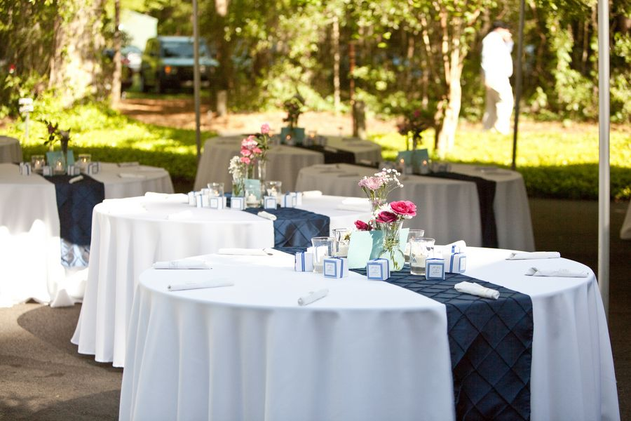 Superb Table Linen Ideas Part - 14: White Table Linen, Blue Runner..yellow Flowers.