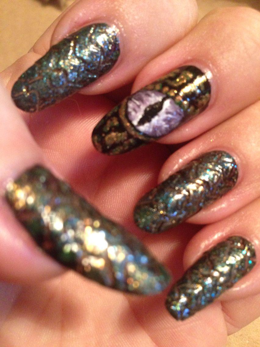 Dragon Nail Art Design Nail Art Pinterest Dragon Nails