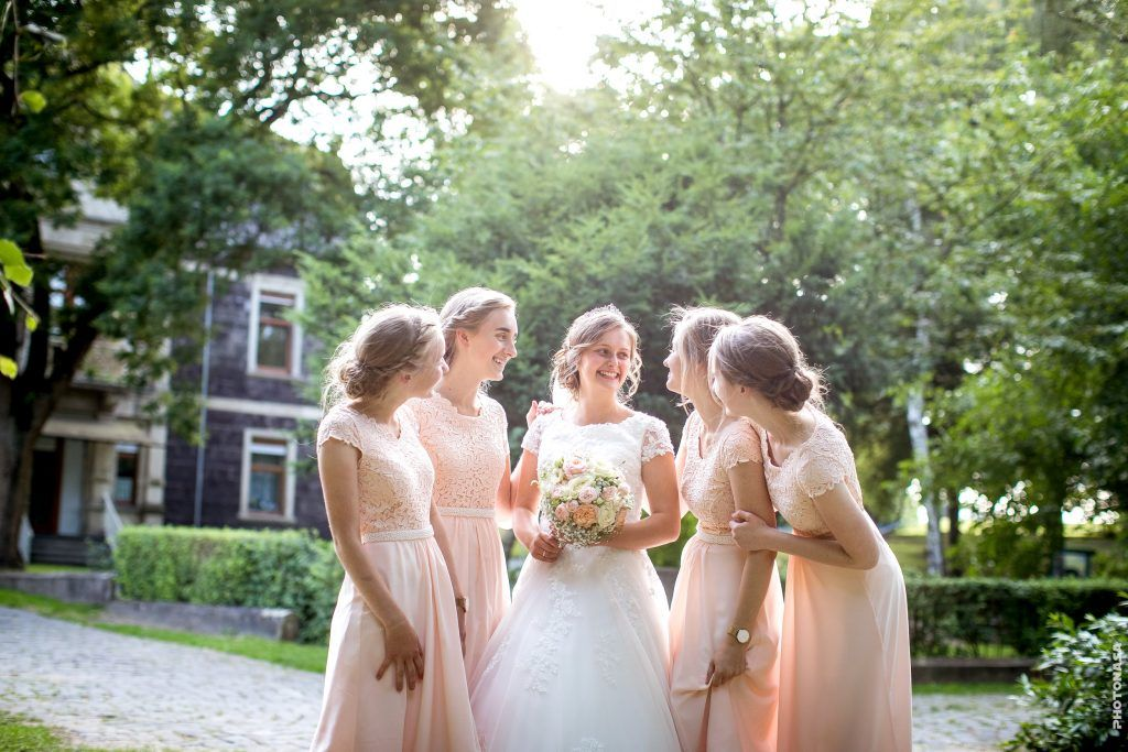 Hochzeit In Koblenz Mit Bildern Kleid Hochzeit Hochzeit Brautjungfern Kleider