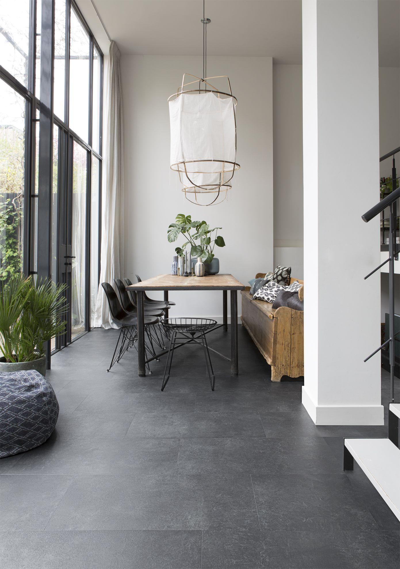 7 Luxuriös Bild Von Schwarze Fliesen Im Wohnzimmer