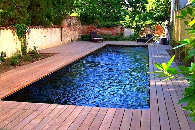 Couloir de nage coque polyester cuba 13 piscines for Coque bassin jardin