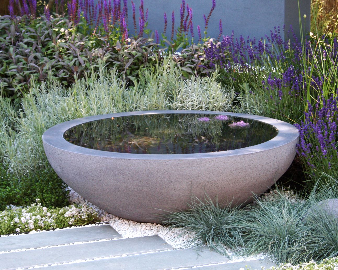 Water feature pond bowl from urbis with dry gravel for Garden pond water features