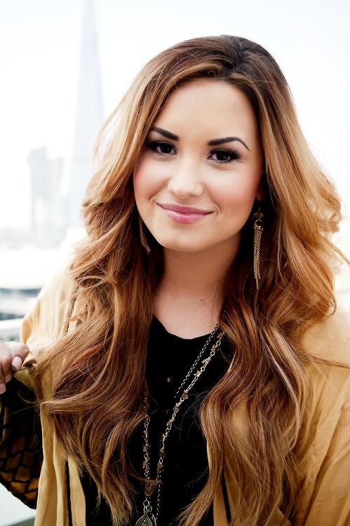 Fall Hair 2015. Cut & Color. Demi Lovato,ombre hair