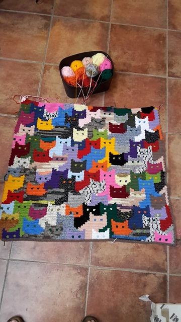 Cats Afghan pattern by Sandra Miller Maxfield