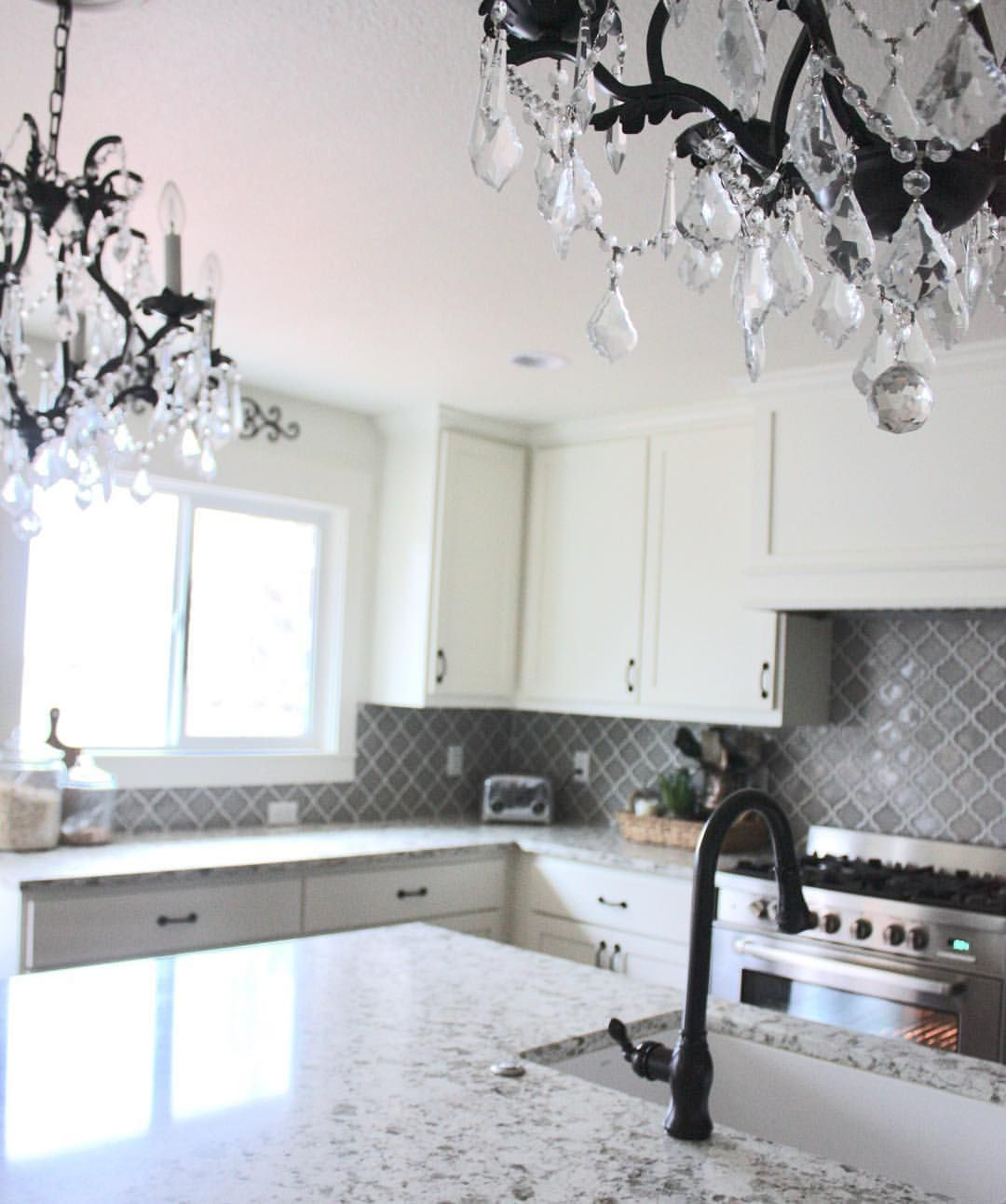 Operationprettyhouse On Instagram Black And White Kitchen Gray Backsplash Arabesque Tile Grey Backsplash Neutral Backsplash Kitchen Backsplash Arabesque