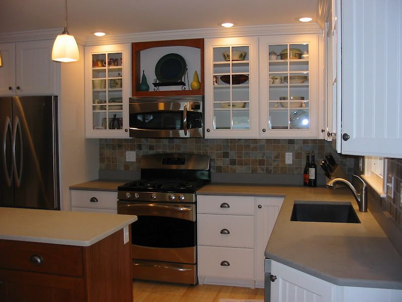 White maple cabinets, quartz counter top in a honed finish ... on Light Maple Cabinets With White Countertops  id=14888