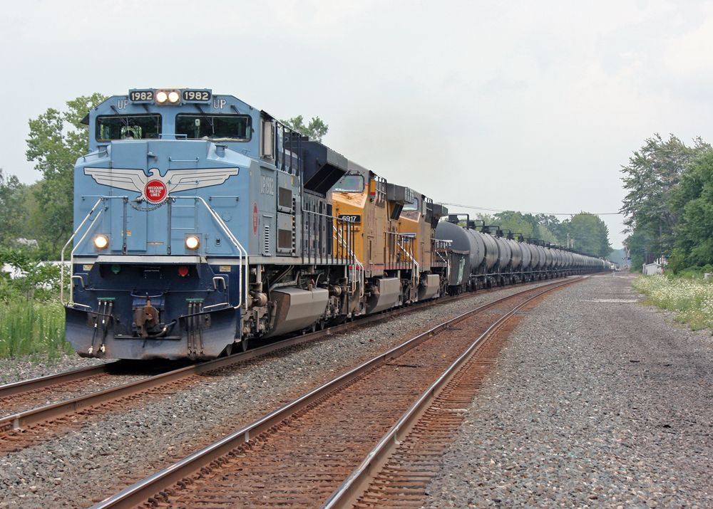 Union Pacific Sd70ace Heritage Locomotive Dedicated To The Missouri Pacific Union Pacific Train Railroad Photos Train Pictures