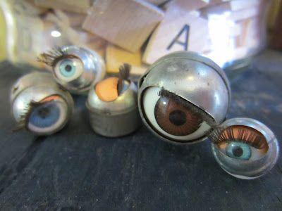 Eye Balls (Alley Art Studio)