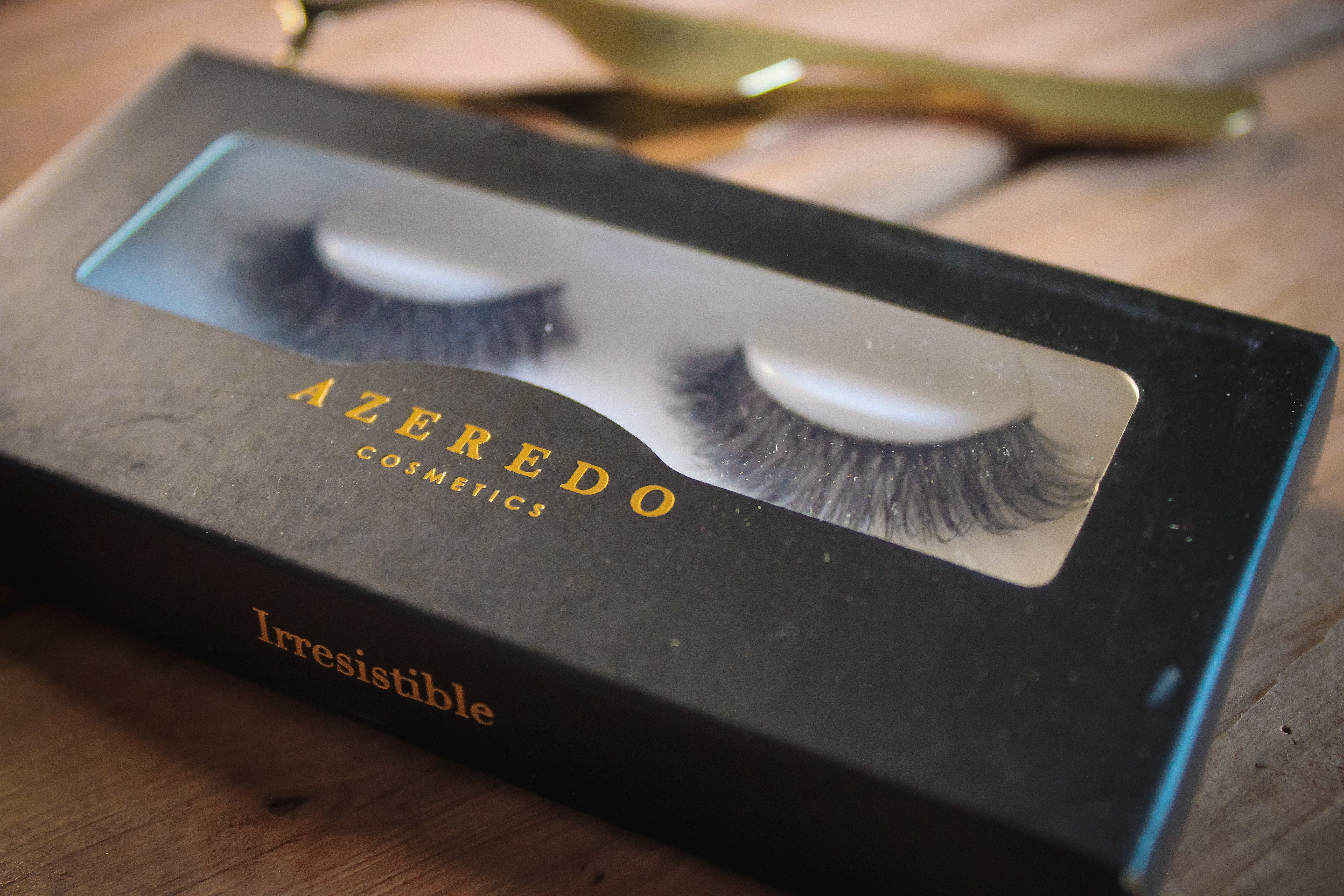 Azeredo Cosmetics False Lashes in Irresistible Review