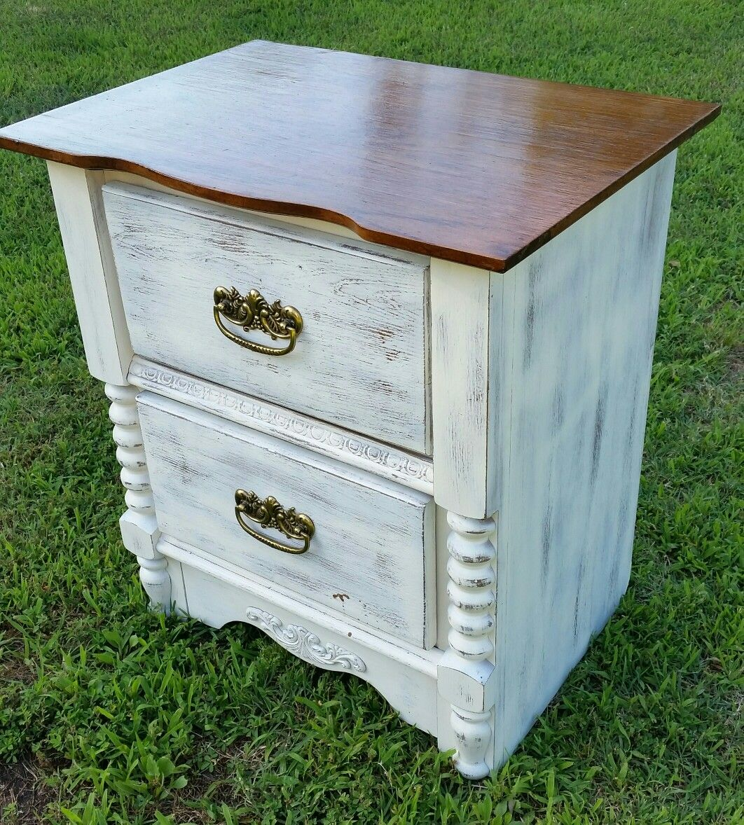 White Destressed Night Stand My Project Destressed Furniture Destressed Furniture Diy Night Stand Diy