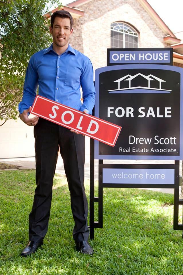 Trabajando Vendiendo Drew Scott Selling House Property