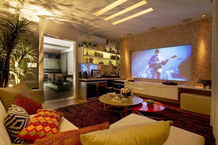 sala-de-tv por Lorrayne Zucolotto e Tatiana Espindula-
