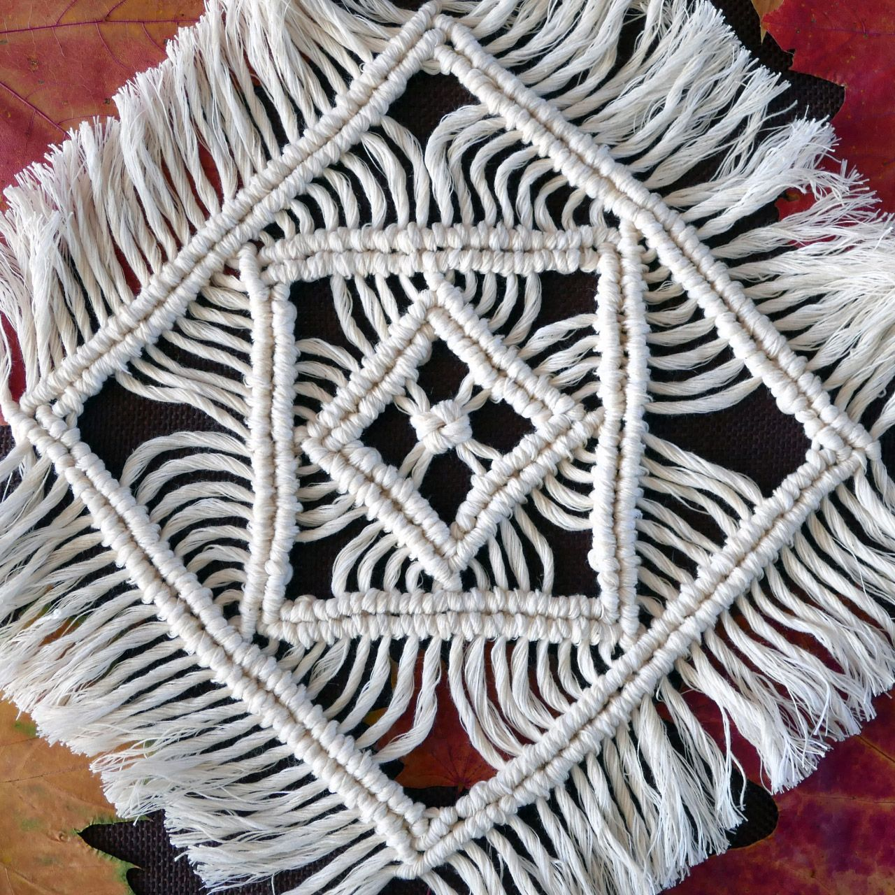Macrame Tablecloth Tutorial
