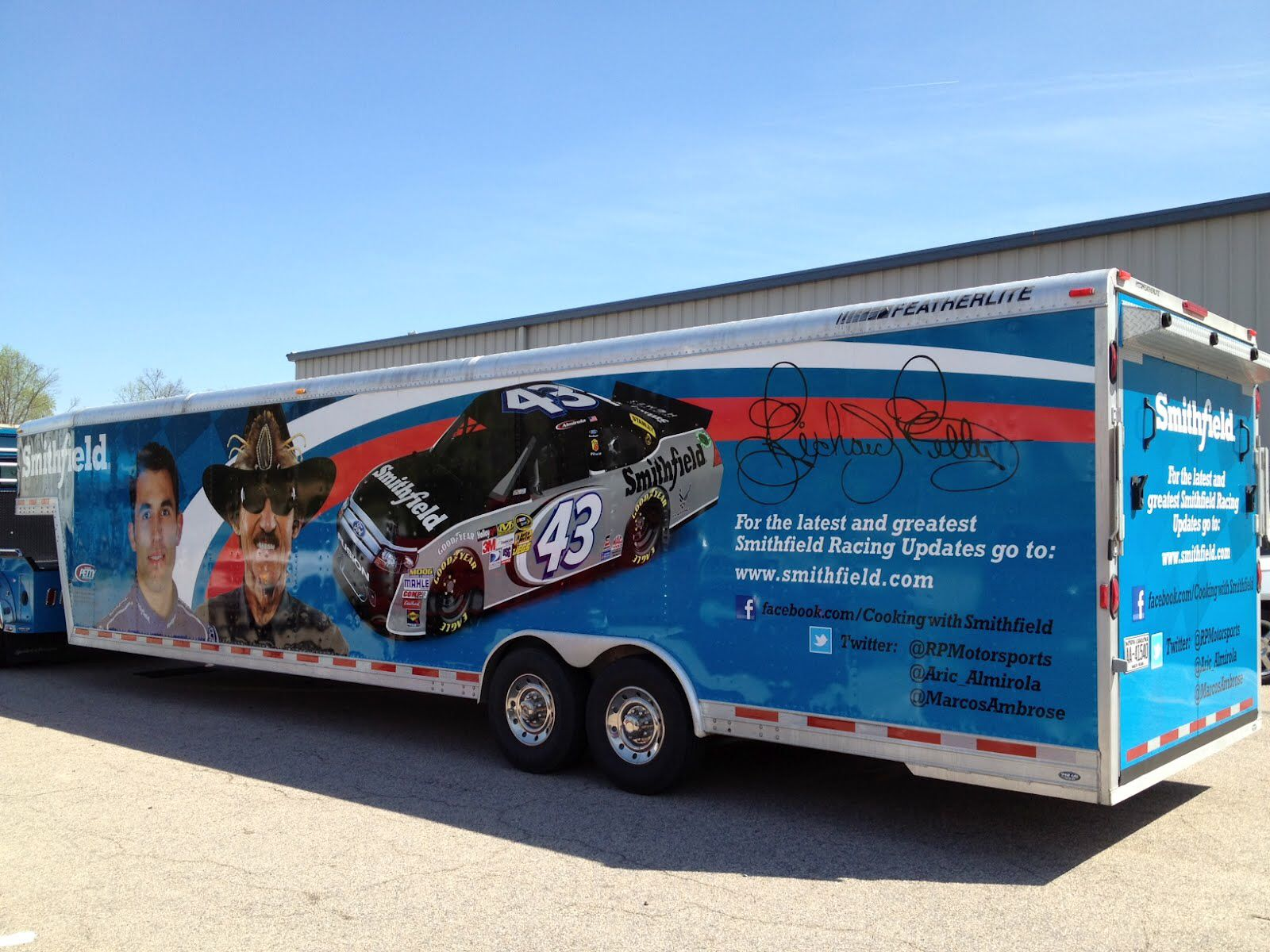 Richard Petty Motorsports Smithfield Show Car Hauler Racing - Show car trailer