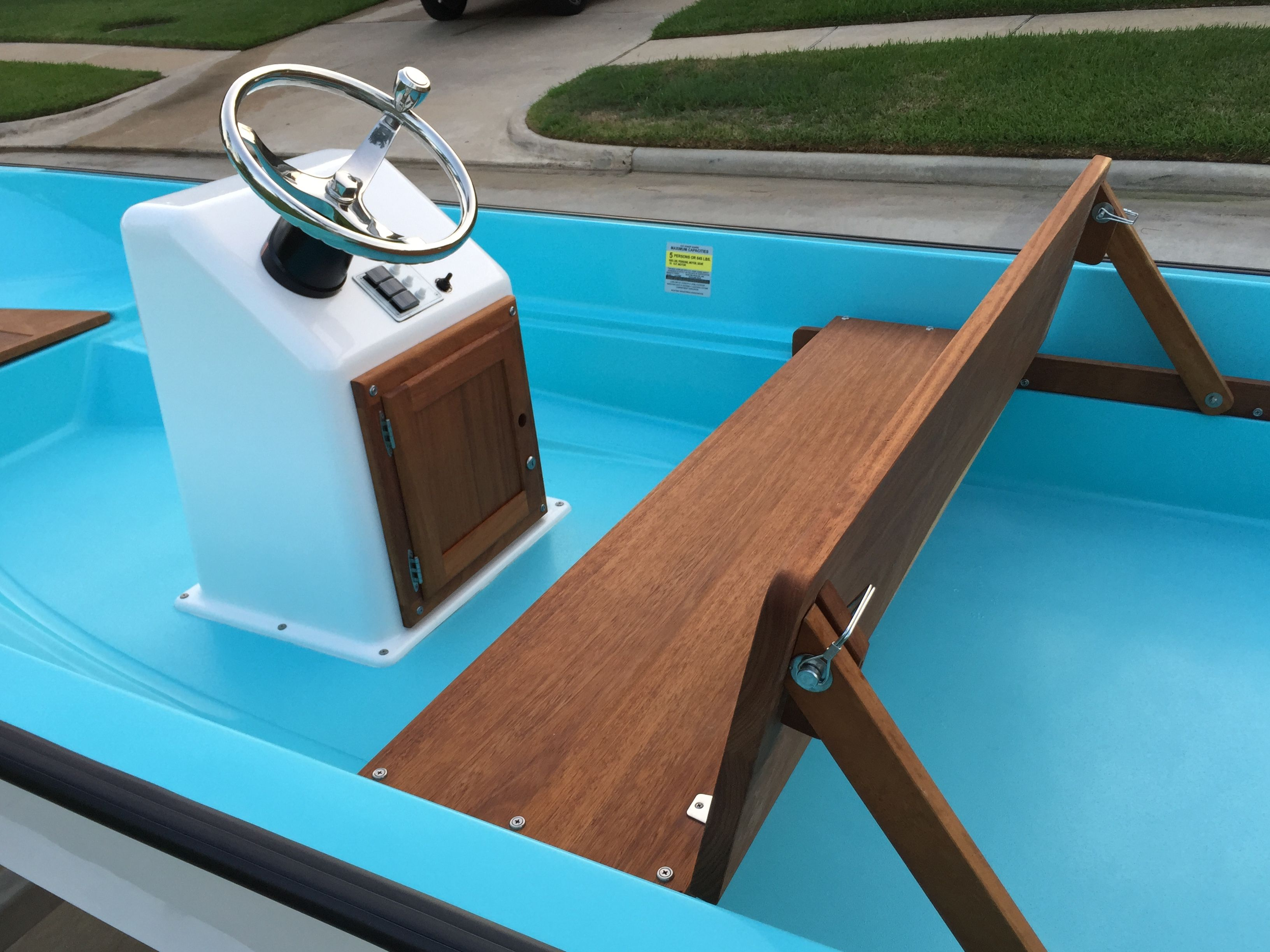 Pin By Jim Huempfner On Boston Whaler Boat Console Boston Whaler Boat Building