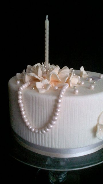 70th Birthday Cake With Pearls