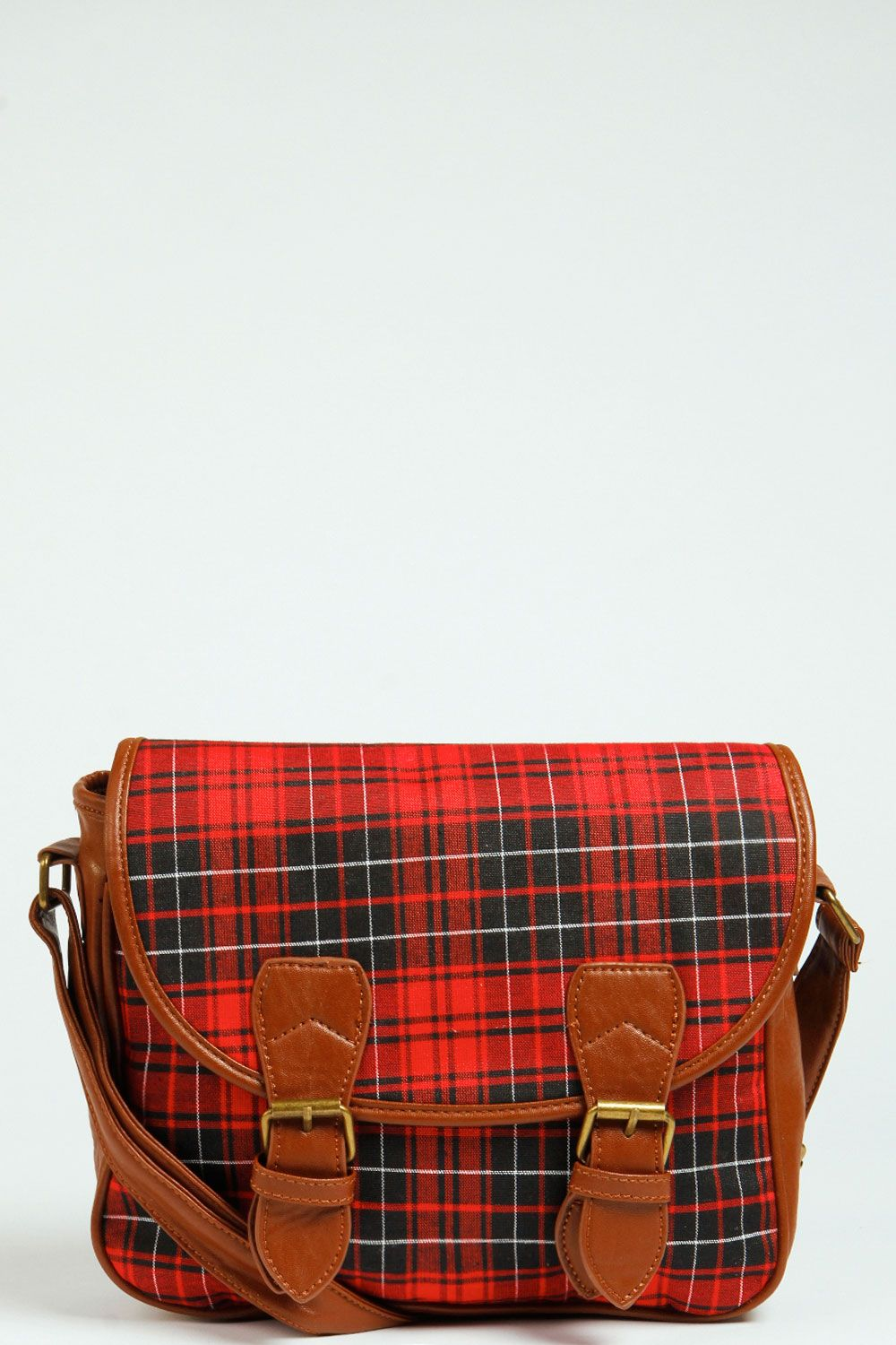 Amelia Tartan Sachel >> http://www.boohoo.com/restofworld/gifts/gifts-for-her/icat/new-in-accessories/amelia-tartan-sachel/invt/azz42051