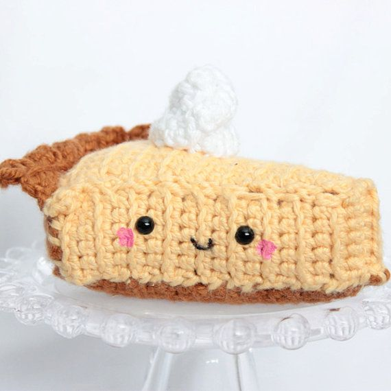 Amigurumi Lemon : Amigurumi Lemon meringue pie, crochet food, geekery, kids ...