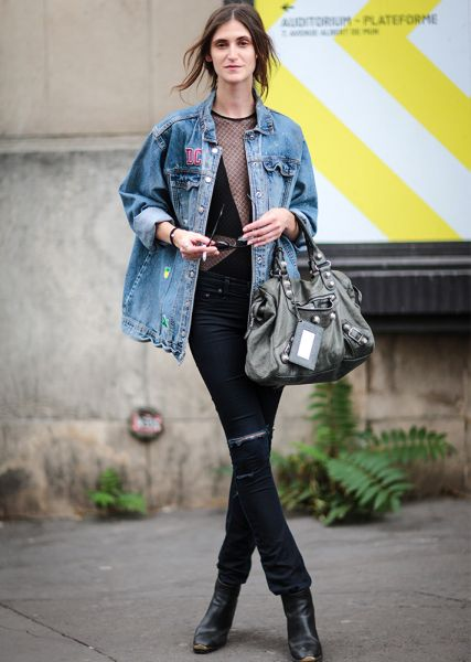 68a3602100 51 Ways to Wear Your Favorite Jean Jacket All Year Long