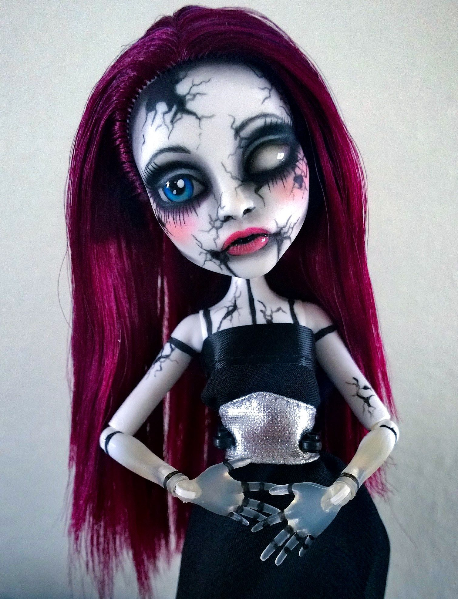 """Annabelle"" custom OOAK Spectra VonDergeist monster high doll by @LadySpoonArt"