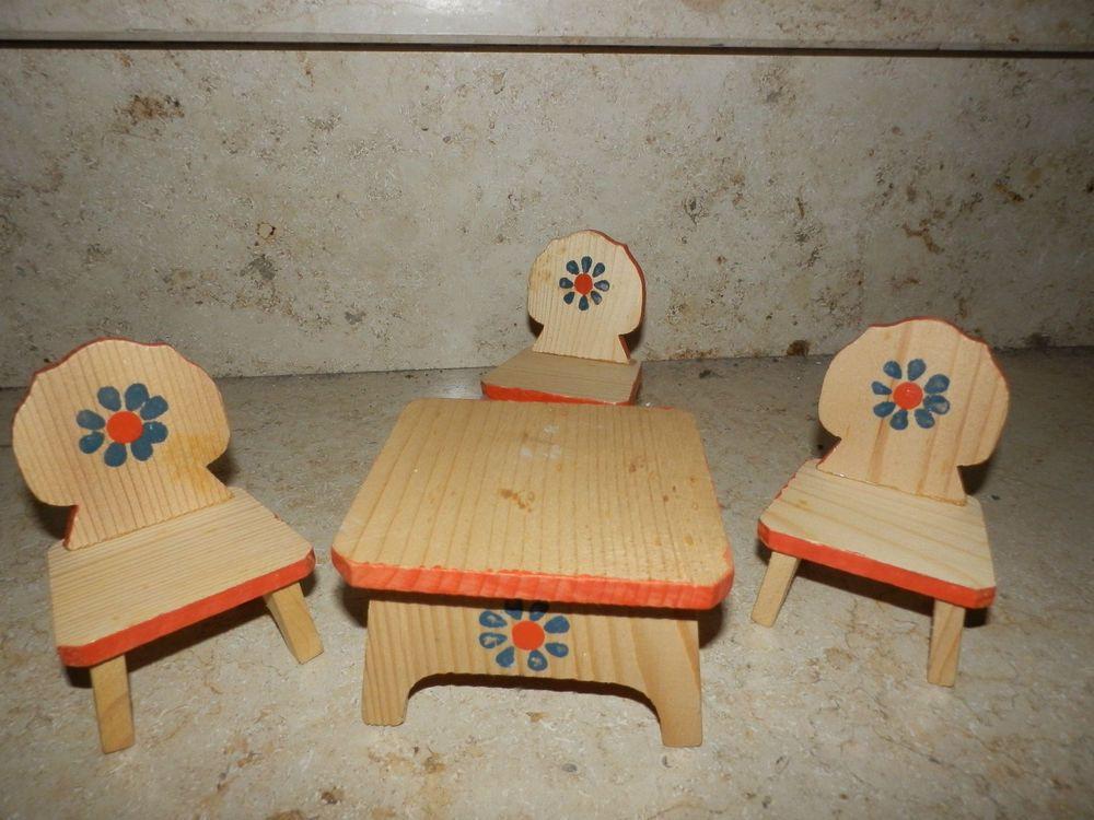 alte Puppenstubenmöbel Bauernstil rustikal und handbemalt