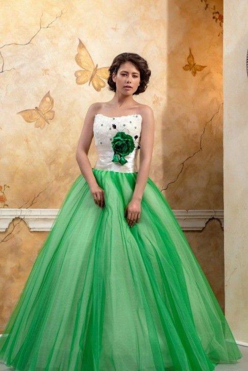 Abiti Da Sposa Verdi.Tania Abito Verde Smeraldo Abito Da Sposa Verde Con Scollo